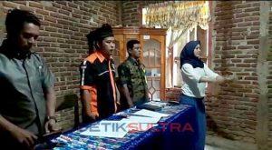 foto ketua panwascam angata melantik para pengawas tempat pemungutan suara se kecamatan angata