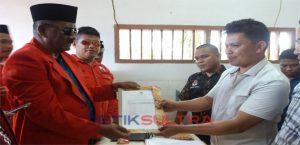 Ketua DPC PDIP Buteng Samahudin Lagi Daftar Caleg