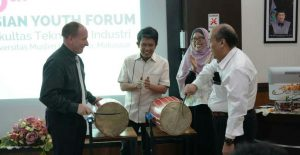 pembukaan asian youth forum