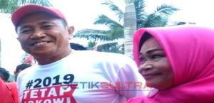 Ishak Ismail dan Istri Narni Lachmuddin