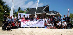 Penyelam Bersihkan Pulau Bokori