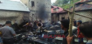 Rumah Terbakar di Buton