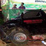 Kecelakaan-Mobil-di-Saosao