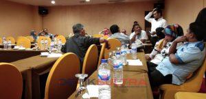 Ketua KPU Kota Kendari Berdiskusi