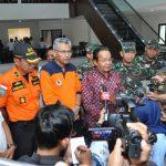 Gubernur Sulawesi Tengah Longku Djanggola menemui wartawan