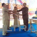 Serahterima SK Kepala Sekolah SMPN 17 Kendari