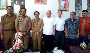 Tim Koprabuh saat bertemu dengan wakil Bupati Konsel Arsalim