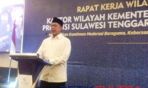 Lukman Hakim Syaifuddin.