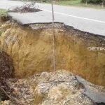 Jalan Penghubung Tinanggea - Angata Nyaris Putus