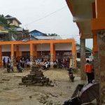 Sejumlah TPS Dievakuasi Karena Hujan Saat Pencoblosan Ulang